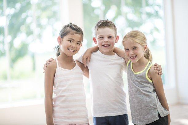 如何高质量的陪伴儿童成长