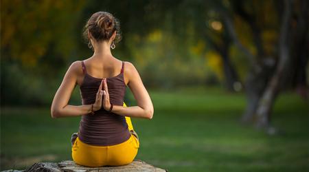 懒人瘦身瑜伽,在家就能瘦身的瑜伽,跟着做一次,效果分秒显现